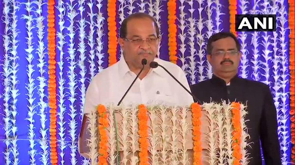 बीजेपी में शामिल होते ही मंत्री बनाए गए विखे पाटिल, कांग्रेस से दिया था इस्तीफा