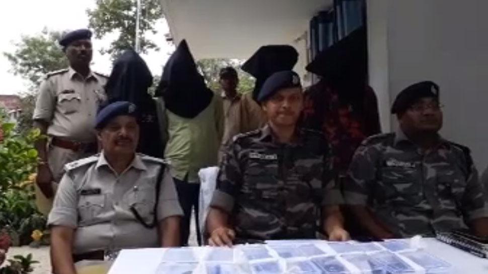 सिमडेगा में बैंक लूटने आए अपराधियों को पुलिस ने किया गिरफ्तार