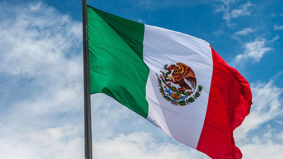 मैक्सिको की कार्रवाई के बाद आव्रजकों की संख्या में आई एक तिहाई से भी ज्यादा की कमी