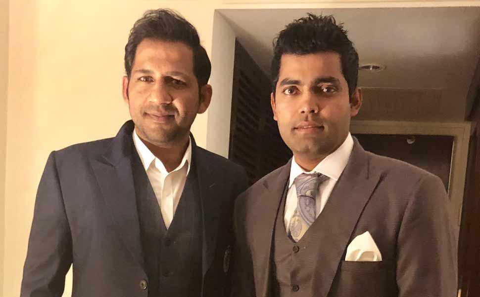 भारत-पाक मैच के खिलाड़ियों की तारीफ करने में बुरा फंसा PAK क्रिकेटर, ट्विटर पर उड़ा मजाक