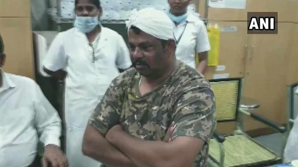 हैदराबाद: BJP विधायक राजा सिंह का आरोप- लाठीचार्ज में हुआ घायल, पुलिस बोली- खुद पहुंचाई चोट