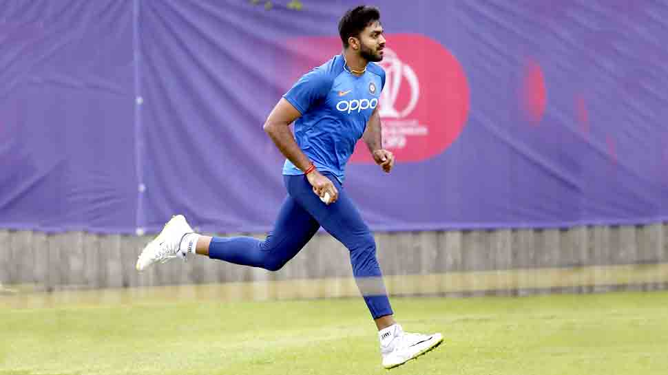ICC World Cup: टीम इंडिया के लिए राहत की खबर, BCCI ने विजय शंकर को बताया फिट, शेयर किया VIDEO