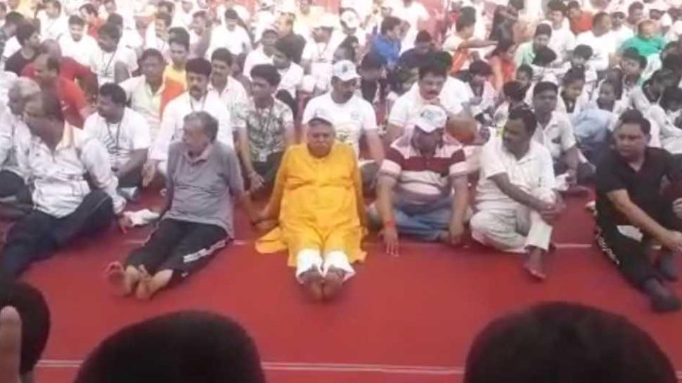 योगाभ्यास में फेल हुए बिहार सरकार के कई मंत्री, केवल शवासन में ही सबने मारी बाजी