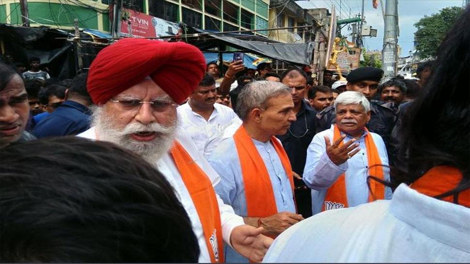 BJP प्रतिनिधिमंडल ने किया भाटपाड़ा का दौरा, पुलिस गोलीबारी में दो की मौत होने का किया दावा