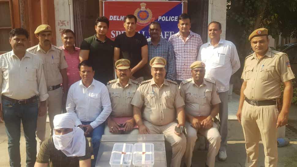 MBA पास युवक ने दिया था डबल मर्डर को अंजाम, दिल्ली पुलिस ने किया खुलासा