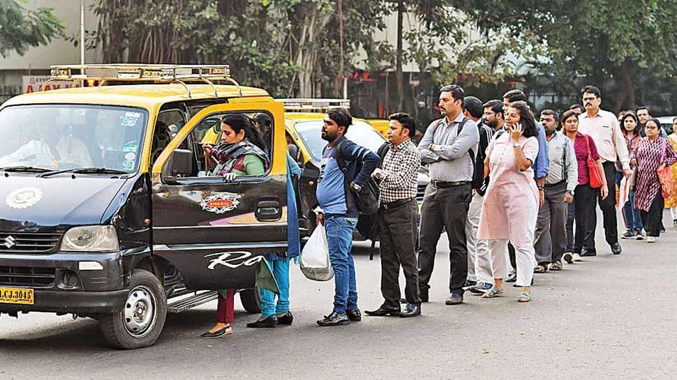 मुंबई के टैक्सी वालों ने की किराया बढ़ाने की मांग, आज सीएम से मिलेंगे