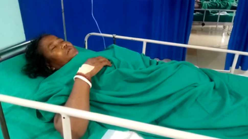 पश्चिम बंगाल में बीजेपी की महिला कार्यकर्ता को मारी गोली, अस्पताल में भर्ती