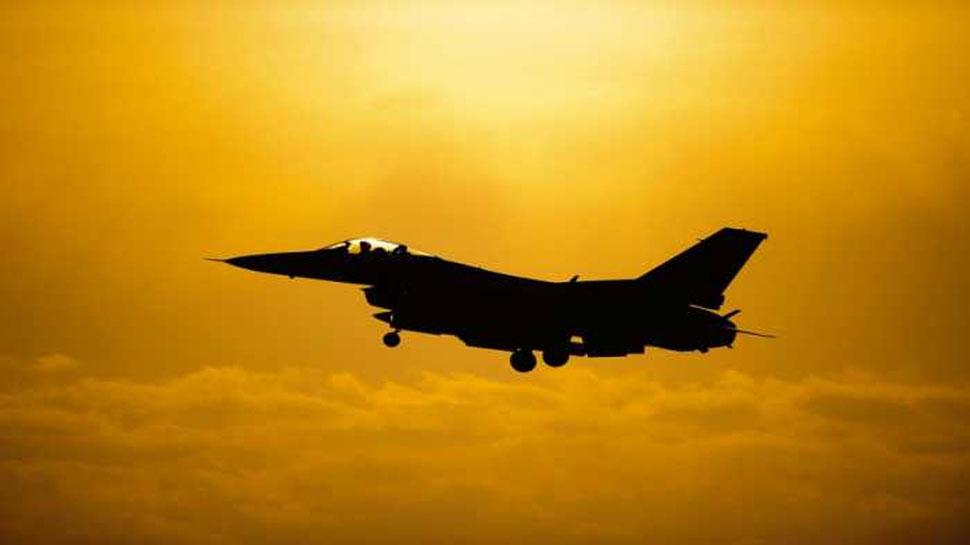 सरकार ने कहा- 2016 से वायुसेना ने दुर्घटनाओं में गंवाए 27 विमान और हेलीकॉप्टर