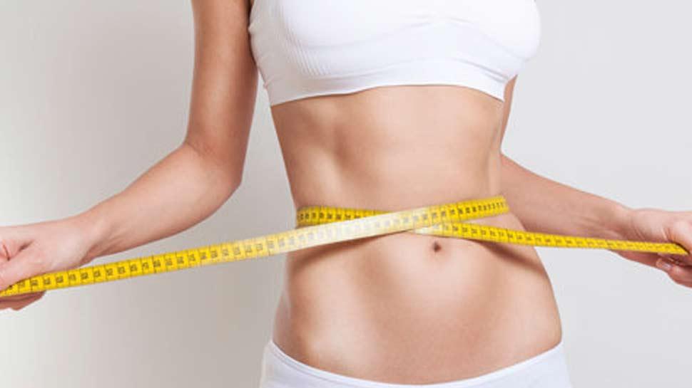 Weight Loss: सात दिन में कमाल दिखाएगा हल्दी का पानी, कमर इतने इंच हो जाएगी कम