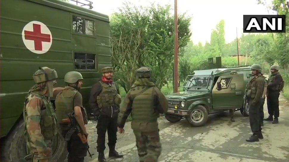 जम्मू-कश्मीर: बडगाम में सुरक्षाबलों ने ढेर किया 1 आतंकी, अन्य आतंकियों की तलाश जारी