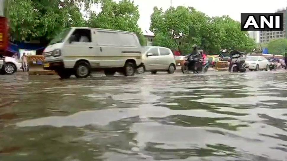 नासिक जिले में लगातार भारी बारिश जारी, दो लोगों की मौत
