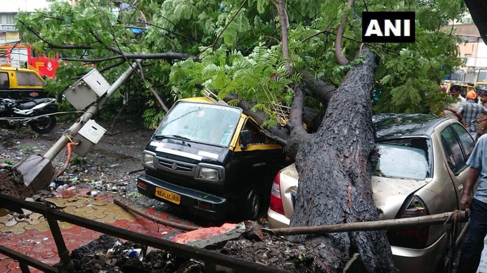 मुंबई और आसपास के इलाकों में दूसरे दिन भी भारी बारिश जारी