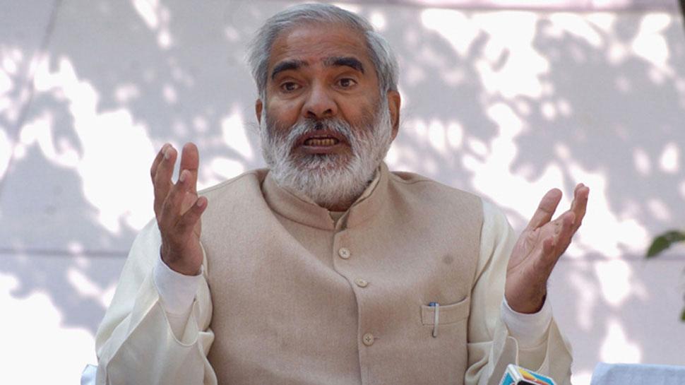 रघुवंश प्रसाद का अजीबोगरीब बयान, कहा- 'वोट देते हैं मोदी को, खोजते हैं तेजस्वी को'