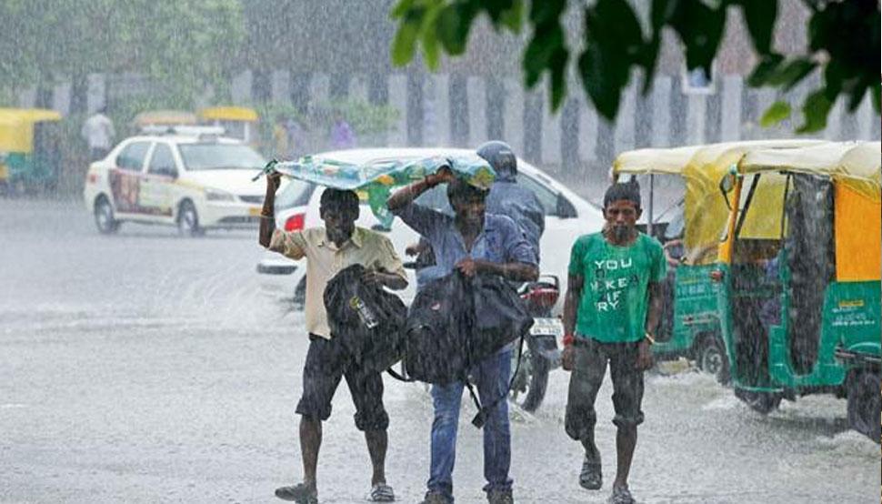 दिल्ली-NCR में हवाओं ने बदला रुख, अगले 4 दिनों तक होने वाली है बारिश