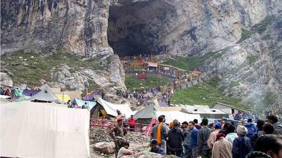 अमरनाथ यात्रा का तीसरा दिन आज, दो दिन में 11,456 तीर्थयात्रियों ने किए बाबा बर्फानी के दर्शन