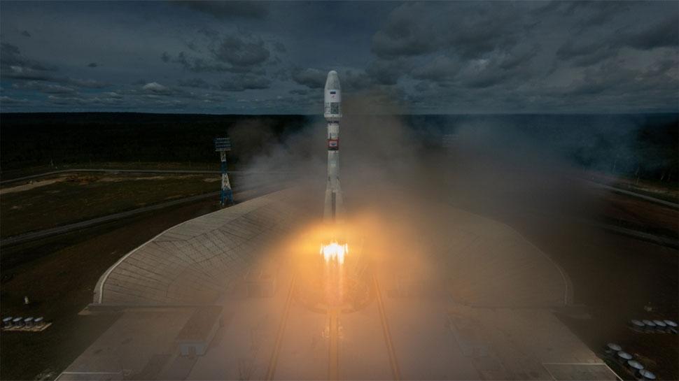 रूस ने 33 उपग्रहों के साथ सोयुज वाहक रॉकेट किया लांच, मौसम के अुनमान में मिलेगी सुविधा