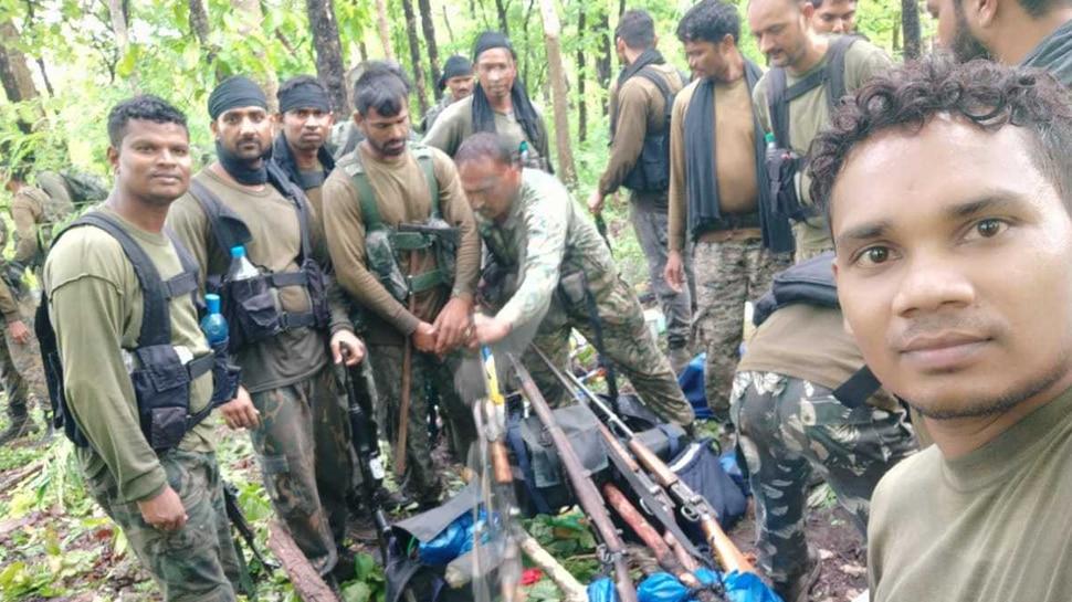 छत्तीसगढ़ः सुरक्षाबलों के साथ 5 घंटे चली मुठभेड़ में 4 नक्सली ढेर, कई हथियार भी बरामद