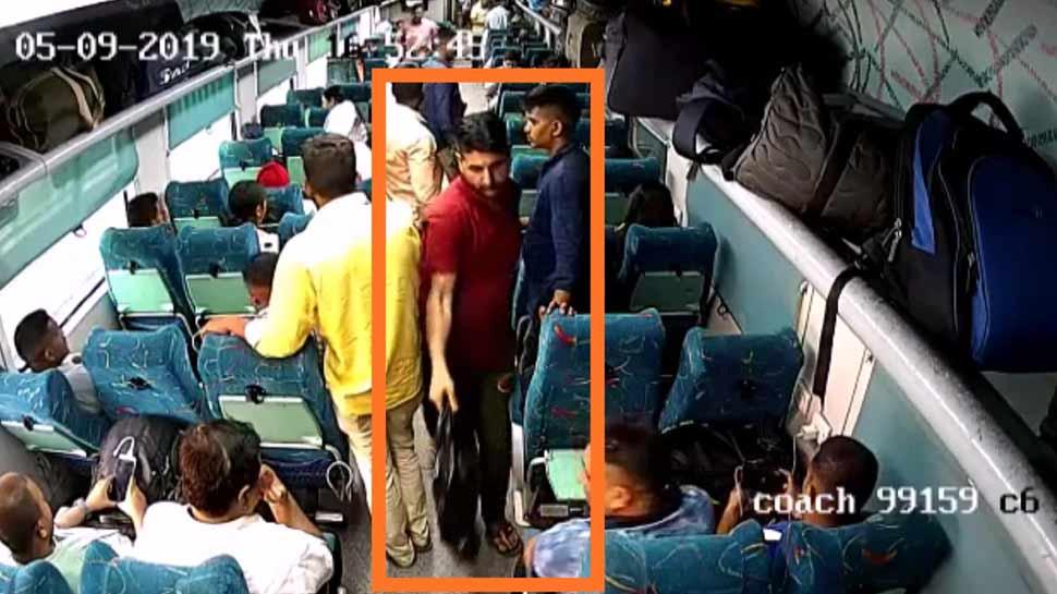 दिल्ली: ट्रेन में चोरी करने कश्मीर से आता था आरोपी, CCTV की मदद से हुआ गिरफ्तार
