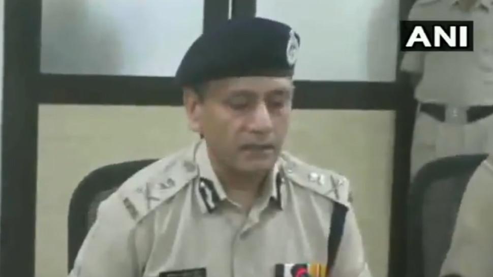 Video: MP के DGP का शर्मनाक बयान, बोले- 'लड़कियों की आजादी से ही बढ़ रही हैं अपहरण की घटनाएं'
