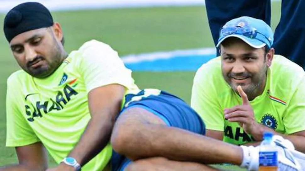 टीम इंडिया के धमाके पर बोले भज्जी- 'मामला गड़बड़ है...', तो वीरू ने दिया रोमांटिक जवाब!