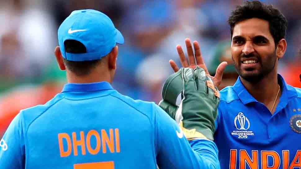 INDvsNZ, World Cup 2019: भारत ने पहली गेंद पर गंवाया DRS, ऐसा पहली बार हुआ