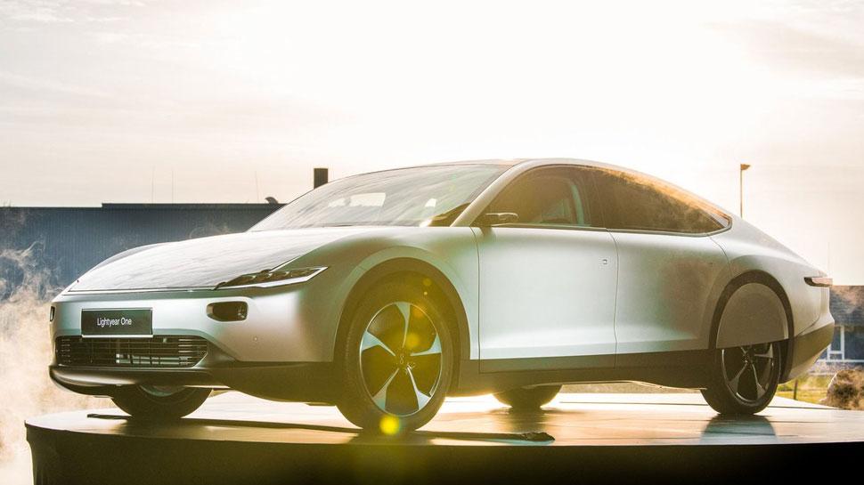 भूल जाइये Electric कार, यह कंपनी ला रही है दुनिया की पहली Solar Power कार