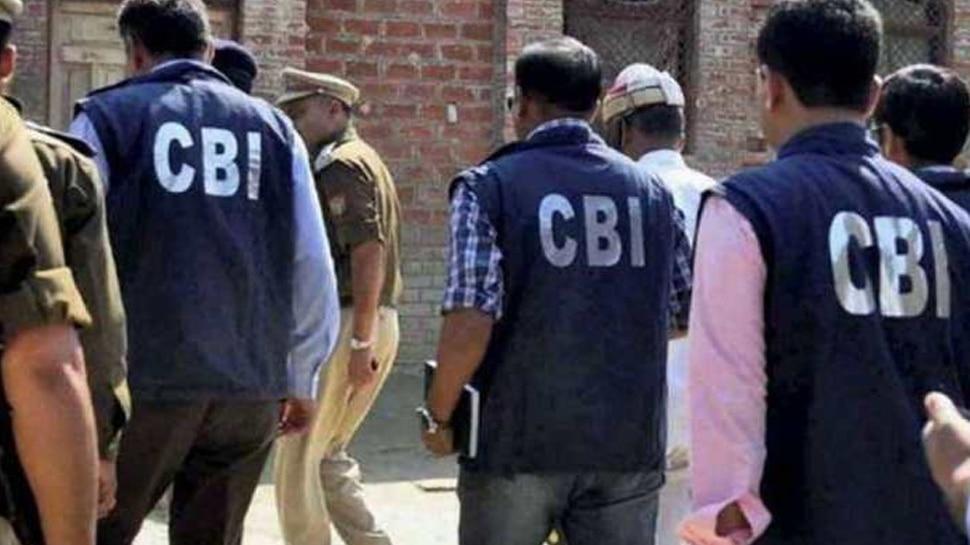 बुलंदशहर के DM के घर सहित UP में 12 जगह CBI की छापेमारी, जानें क्या है पूरा मामला