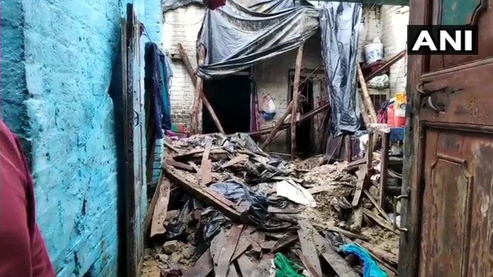मुरादाबाद: कहर बनकर आई बारिश, कच्चा मकान गिरने से 2 बच्चों की मौत, 5 घायल
