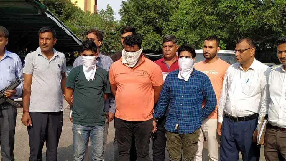 दिल्ली: मदद के बहाने ATM में घुसकर करते थे लूट, पुलिस के हत्थे चढ़े 3 बदमाश