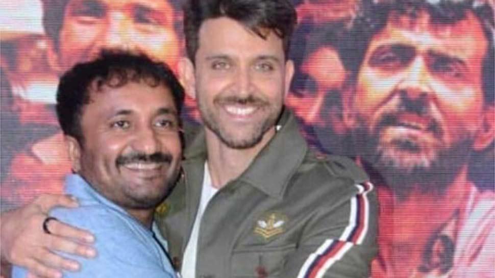 Box Office पर हिट हुई 'सुपर 30', ऋतिक रोशन ने लिया आनंद कुमार का आशीर्वाद