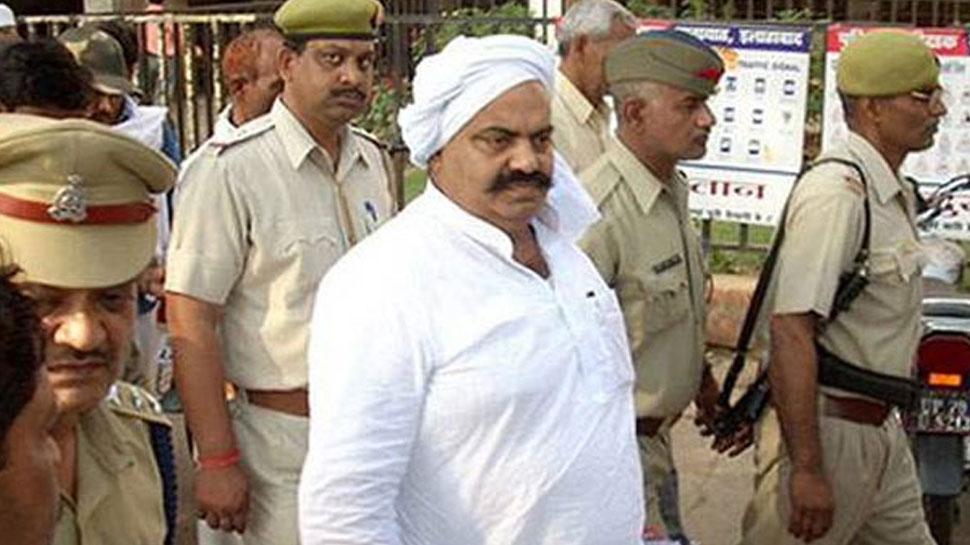 अतीक अहमद के घर-ऑफिस पर पड़े CBI के छापे, अहमदाबाद जेल में बंद हैं पूर्व सांसद