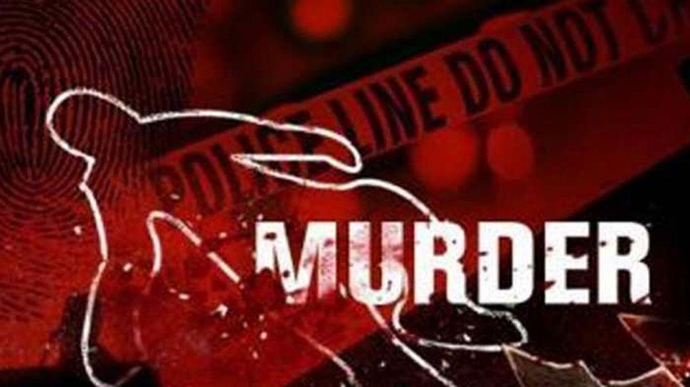 उत्तर प्रदेश: वैन पर हमला कर बदमाशों ने तीन कैदियों को छुड़ाया,दो पुलिसकर्मियों की हत्या की