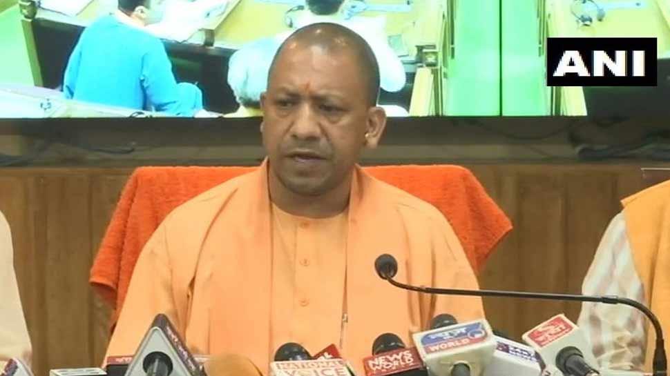 CM योगी बोले, 'सोनभद्र नरसंहार के लिए कांग्रेस जिम्मेदार, प्रियंका ने बहाए दिखावे के आंसू'