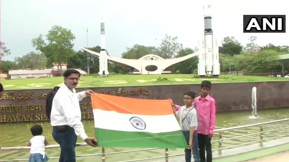 चंद्रयान-2 की लॉन्चिंग देखने के लिए 7500 ने कराया ऑनलाइन रजिस्ट्रेशन