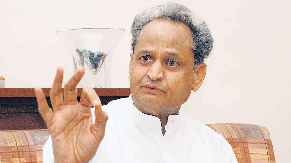 कर्नाटक सरकार के गिरने पर बोले अशोक गहलोत- 'ये कांग्रेस-JDS नहीं बल्कि लोकतंत्र की हार है'