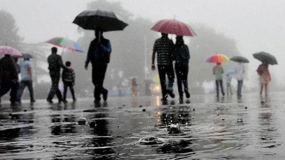 सीकर: श्रीमाधोपुर कस्बे में जमकर हो रही है बारिश, निचले इलाकों में भरा पानी