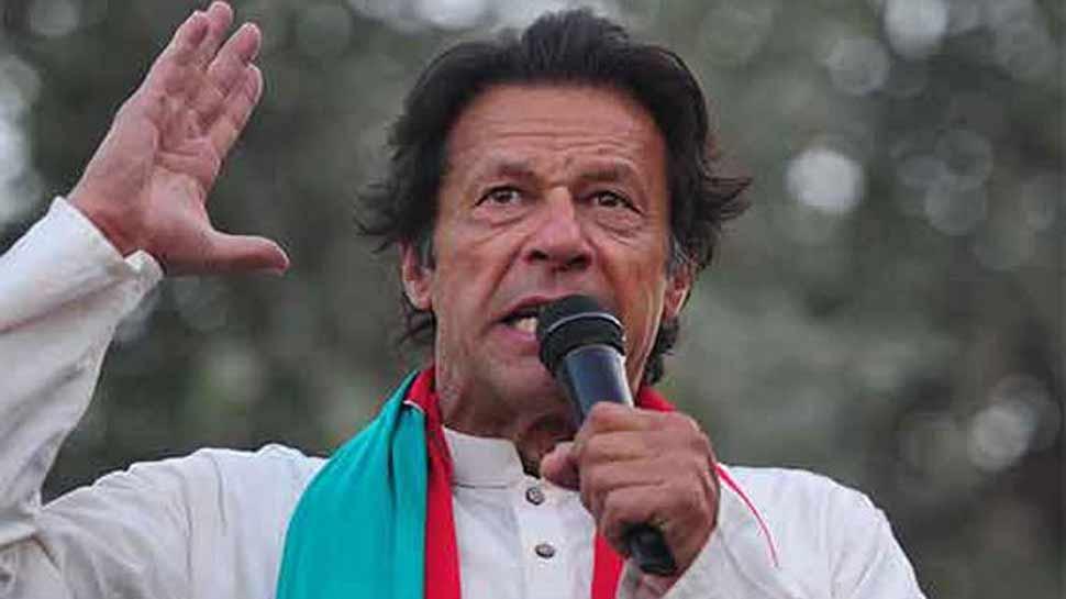 पाकिस्तान में लोकतंत्र का गला घोंटा गया, इमरान खान 'एलेक्टेड' नहीं बल्कि 'सेलेक्टेड' है: विपक्ष