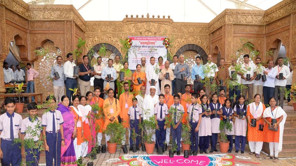 वृक्षारोपण अभियान से जुड़ा शिरडी साई संस्थान,लगाएगा नीम के 50 हजार पौधे