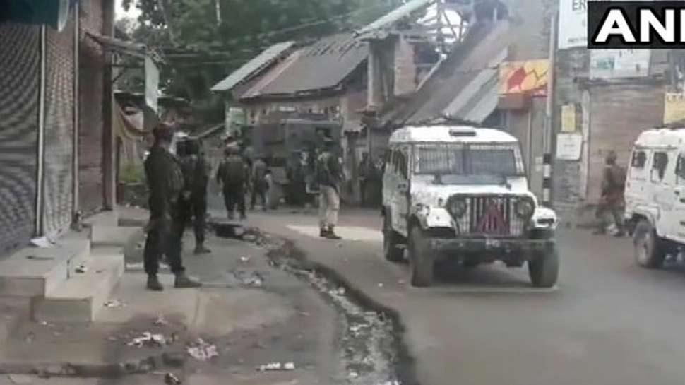 जम्मू कश्मीरः शोपियां में मुठभेड़ जारी, सुरक्षाबलों ने 2 आतंकवादियों को किया ढेर