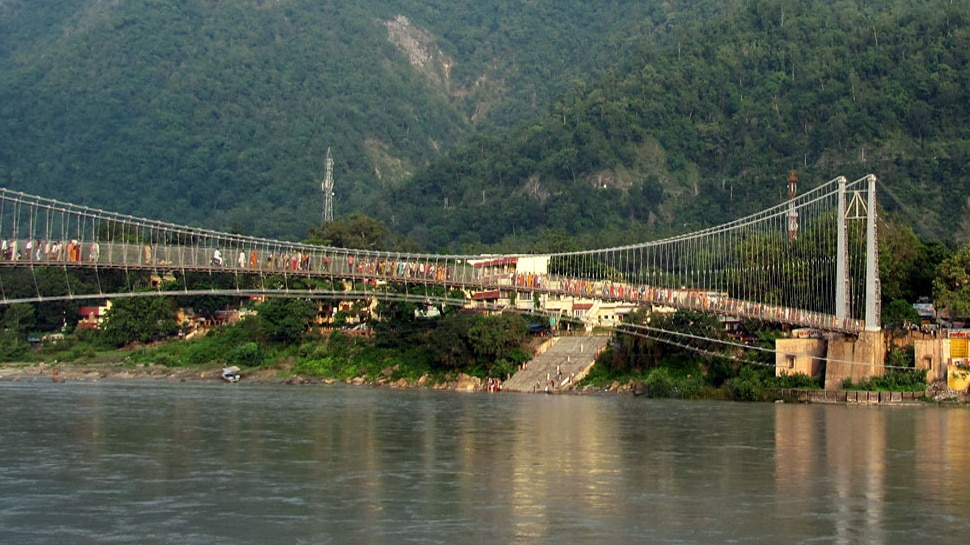 Due to the Kawad Yatra, the crowd of devotees has increased in Rishikesh