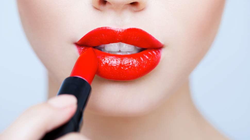National Lipstick Day: 5000 साल पहले यहां कीमती रत्नों से बनती थी लिपस्टिक, ऐसे हुई शुरुआत