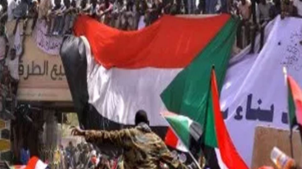 सूडान की सैन्य परिषद और विपक्ष के बीच 30 जुलाई से फिर शुरू होगी वार्ता