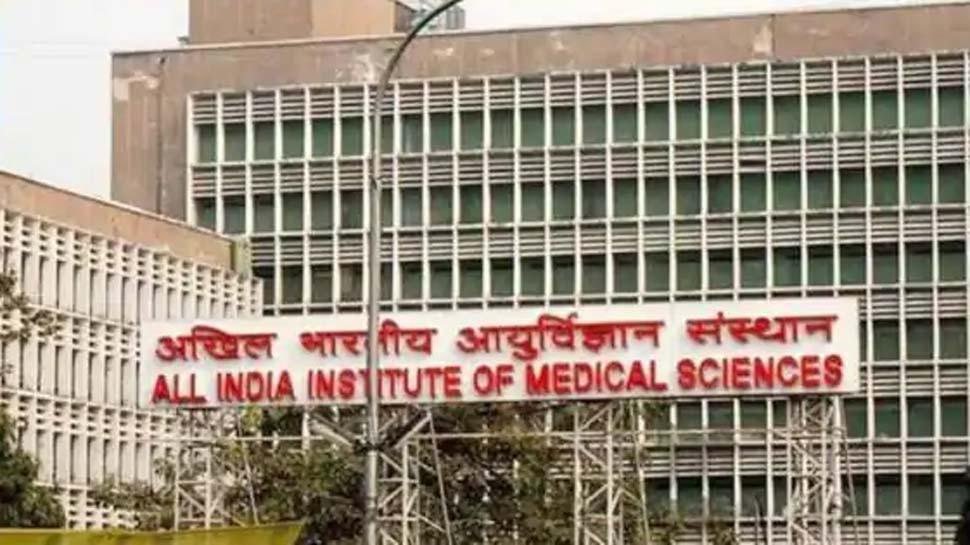 उन्नाव रेप केसः सुप्रीम कोर्ट के आदेश के बाद एयरलिफ्ट कर लखनऊ से दिल्ली लाए गए पीड़िता के वकील