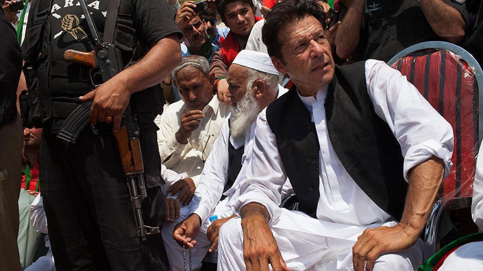 पाकिस्तान : कश्मीर मुद्दे पर बुलाई गई थी आपात बैठक, PM इमरान ही नहीं पहुंचे, हो गया हंगामा