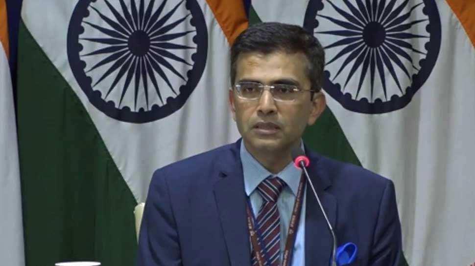 दुनिया को गलत तस्वीर नहीं दिखाए PAK, आर्टिकल 370 हटाना अंदरूनी मामला: भारत
