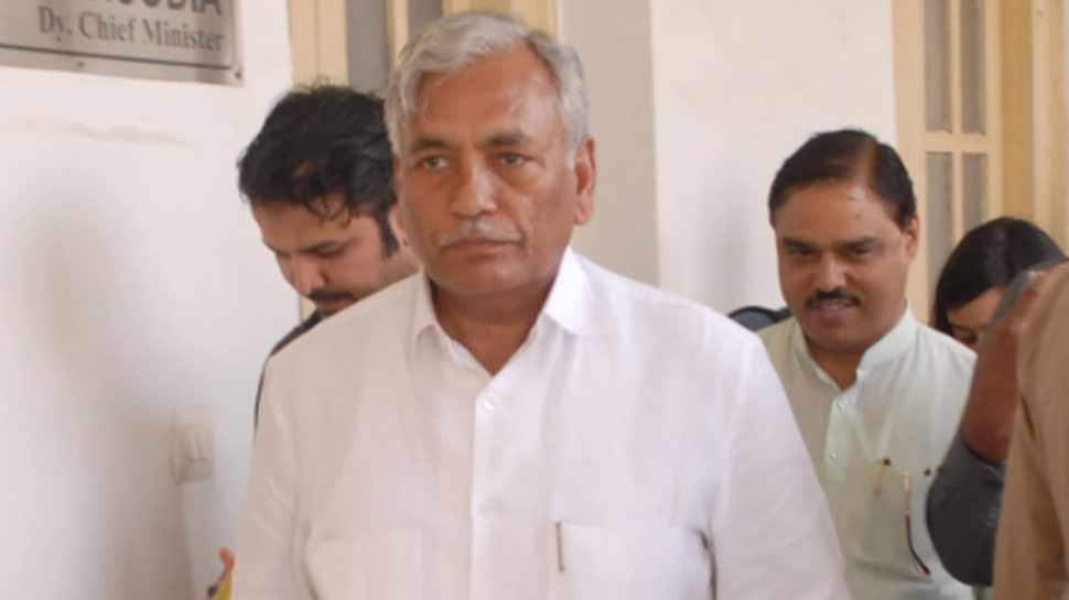 कपिल मिश्रा के बाद दिल्ली विधानसभा से 2 और विधायक अयोग्य घोषित, जानिए क्या है वजह