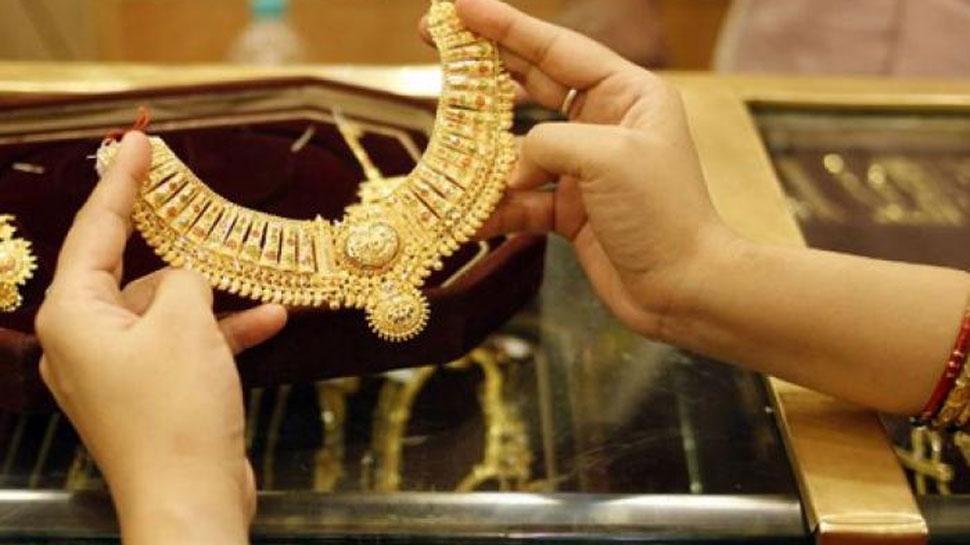 अब तक सबसे महंगा हुआ सोना, इस वजह से कीमतों में लग रही 'आग'