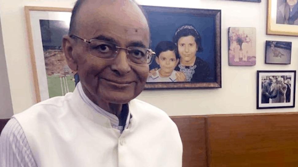 ICU में भर्ती अरुण जेटली की हालत स्थिर: मेडिकल बुलेटिन | PM मोदी देखकर AIIMS से लौटे