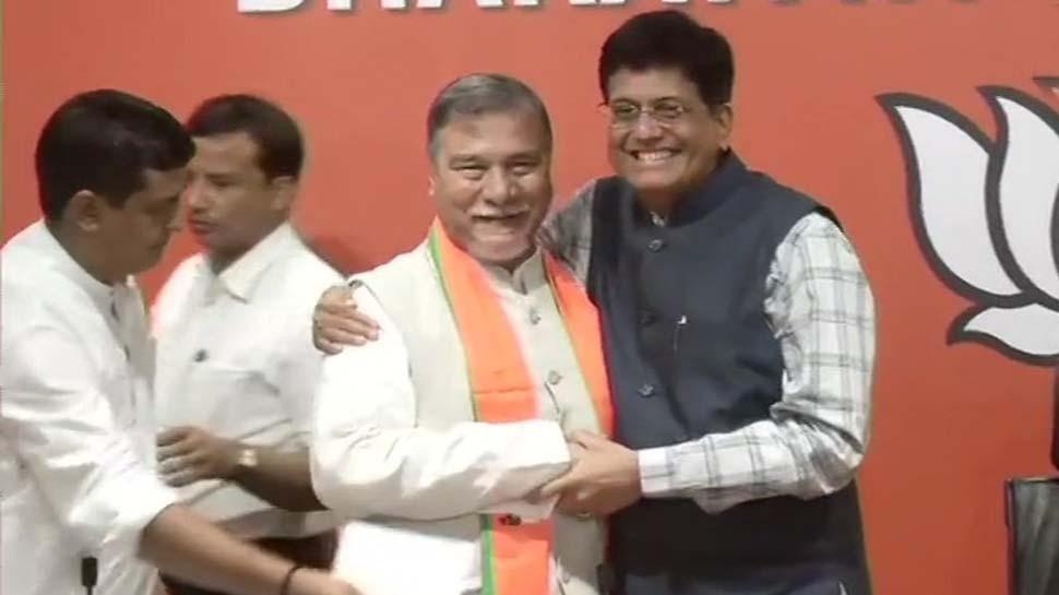 Article 370 पर कांग्रेस छोड़ने वाले इस नेता ने थामा BJP का दामन, बोले-यहां आकर खुशी हुई