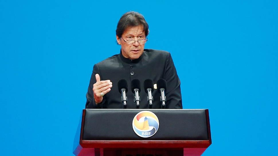 जब किसी ने नहीं दिया भाव तो अब विश्व बिरादरी के सामने ऐसे गिड़गिड़ाए इमरान खान